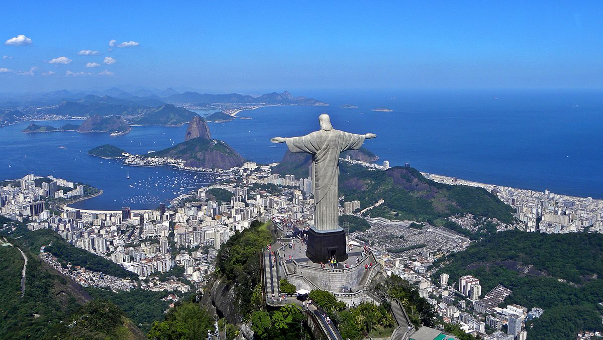 The Christ the Redeemer Statue easily makes the list of what to see on a tour of Rio... photo by CC user Artyominc on wikimedia